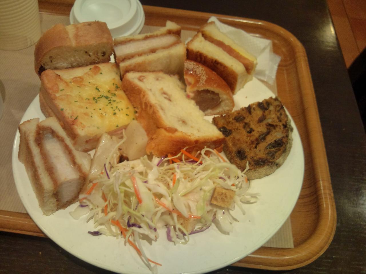 サンドッグイン神戸屋八重洲店(ランチビュッフェ)