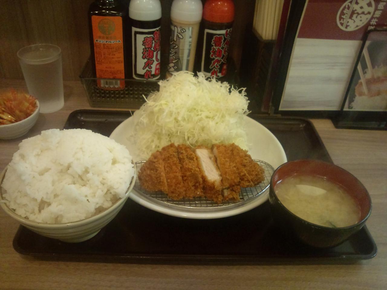 坂井精肉店高田馬場店(肉厚ロースカツ定食特大)