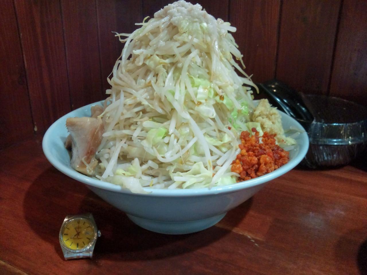 らーめん朗朗朗吉祥寺店(つけ麺特盛野菜増し)