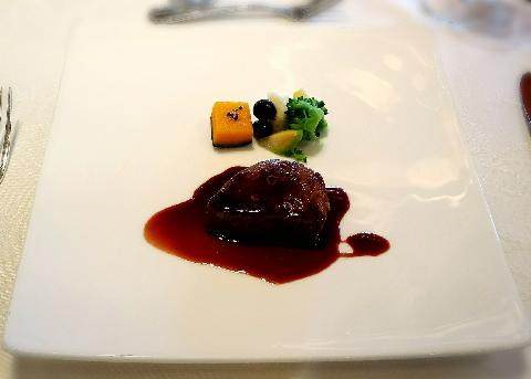 ホテルモントレラスール国産牛ヒレ肉