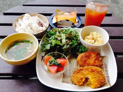 lunch0714.jpg