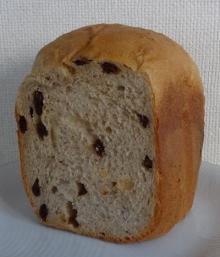 シナモン・レーズン入りカルピスソフト食パン