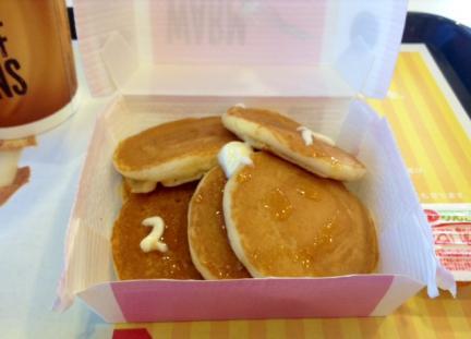 S20140504マックのパンケーキ