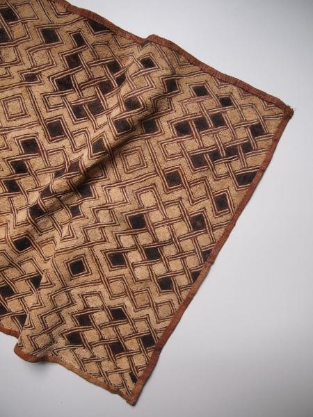 古いアフリカクバ布コンゴアンティークビンテージ敷物03