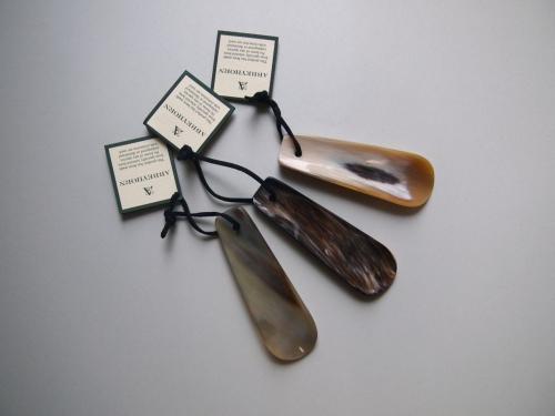 ABBEYHORNアヴィーホーンアビホーン靴べらシューホーンmadeinengland英国製イングランド製水牛角10
