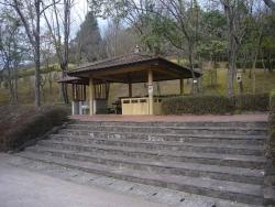 鏡山公園~東屋