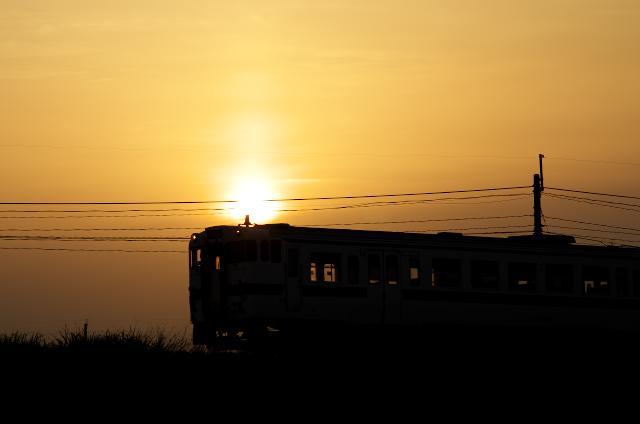 キハ47夕陽