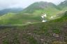 タカネスミレの群生と馬場の小路(横岳~大焼砂)