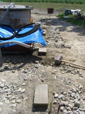 20090810_プレハブ物置土台工事