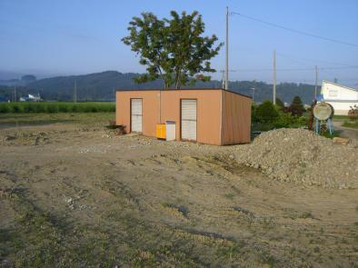 20090811_プレハブ小屋設置後