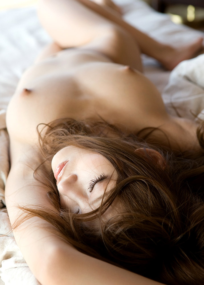 美女全裸画像