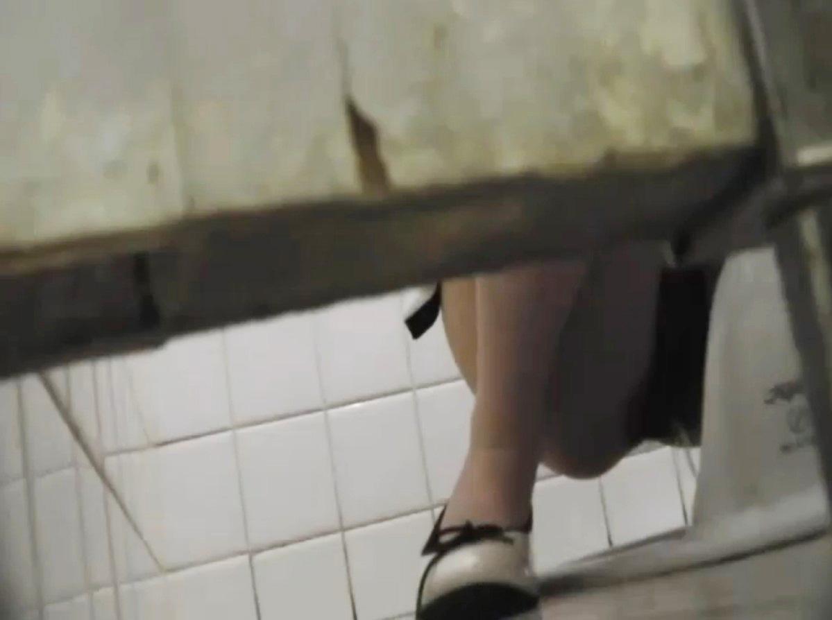女子トイレ 盗撮 画像 1