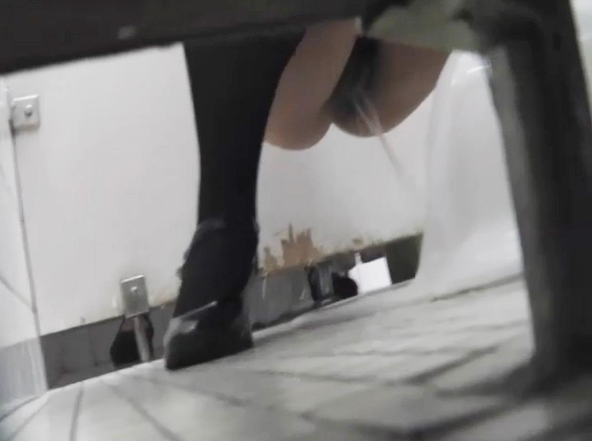 女子トイレ 盗撮 画像 2