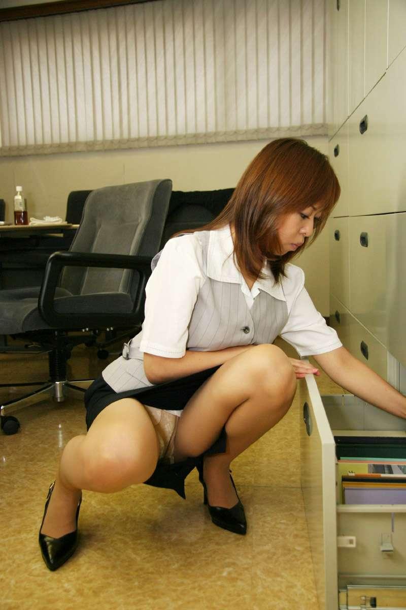 一般企業のOLさんのエロ画像 7