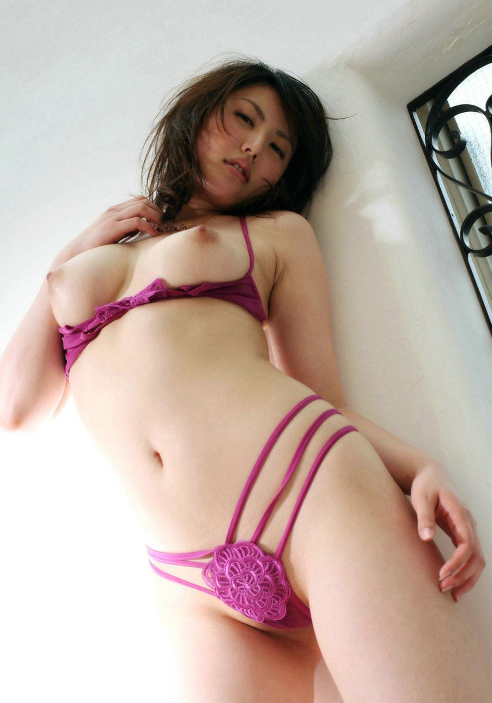 美乳 画像 8