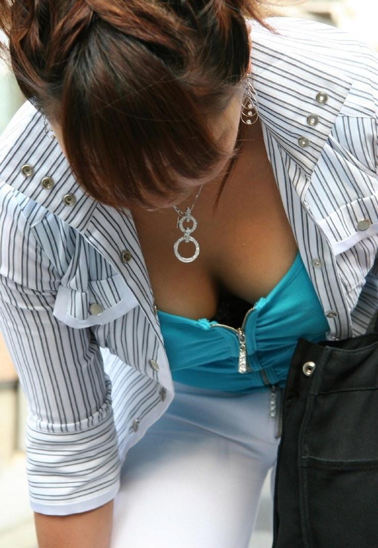 街撮り盗撮 着衣巨乳画像 13