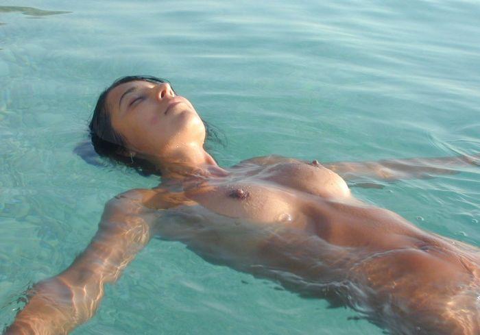 ヌーディストビーチ 画像 13