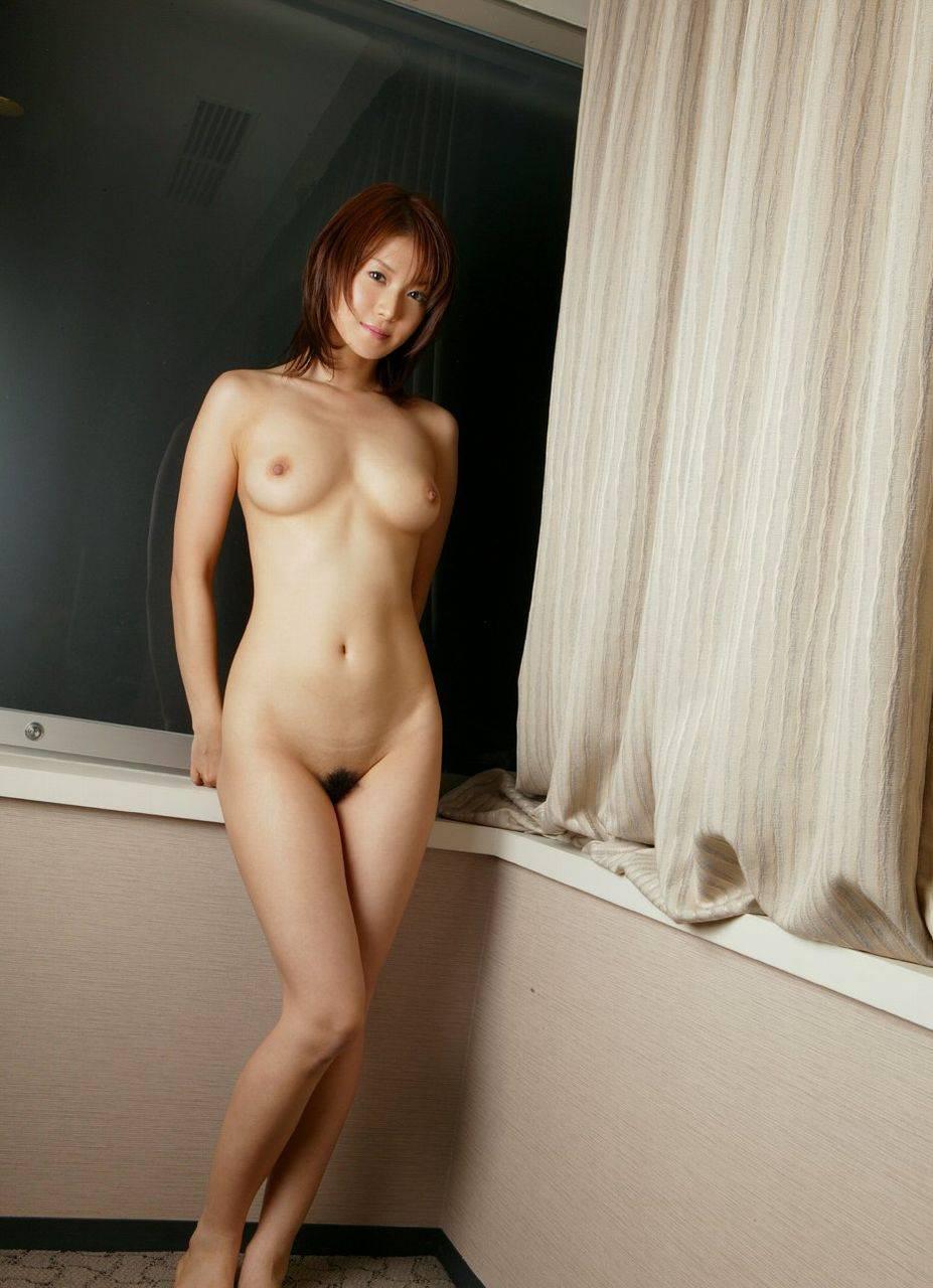 女のハダカ画像 15