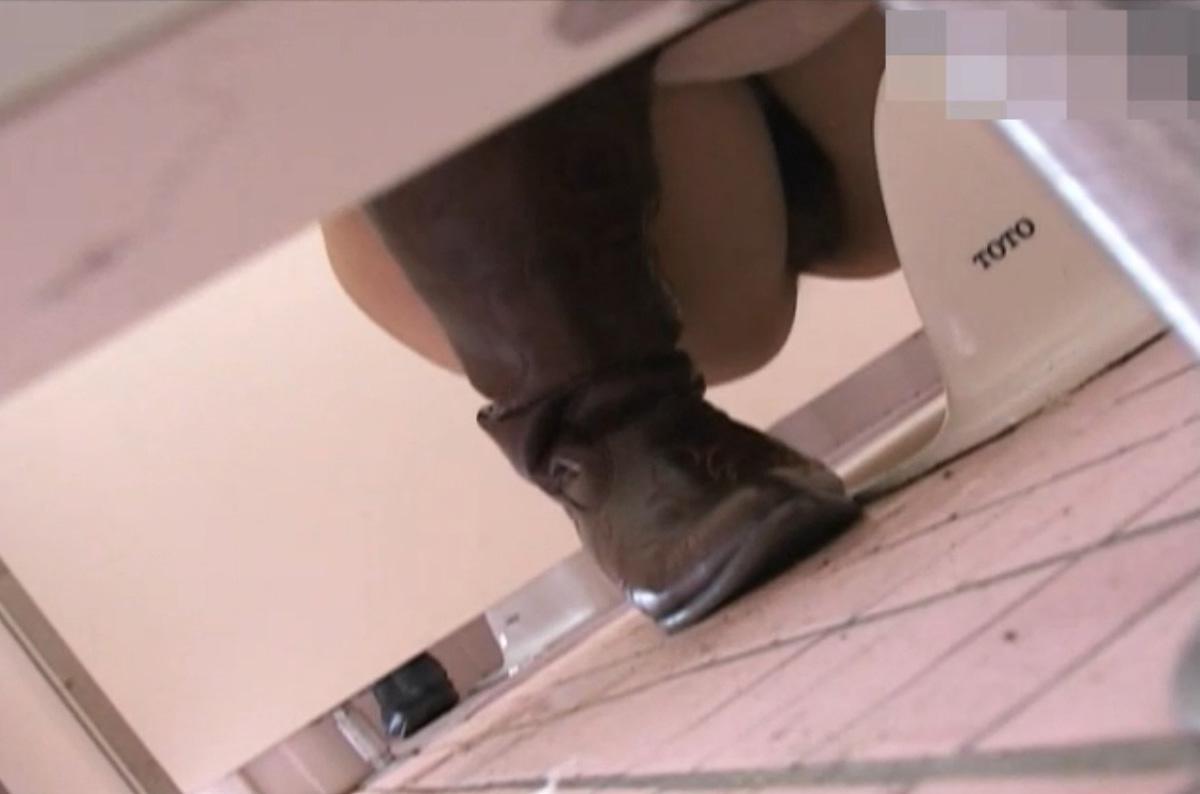 女子トイレ 盗撮 画像 17