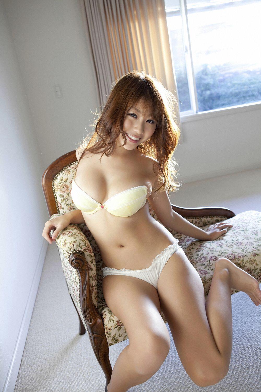 西田麻衣 最新 画像 17