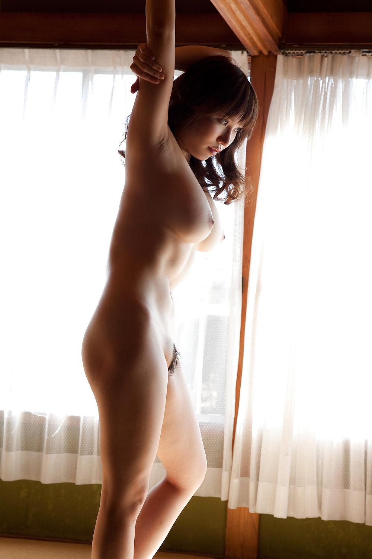 美女全裸画像 18