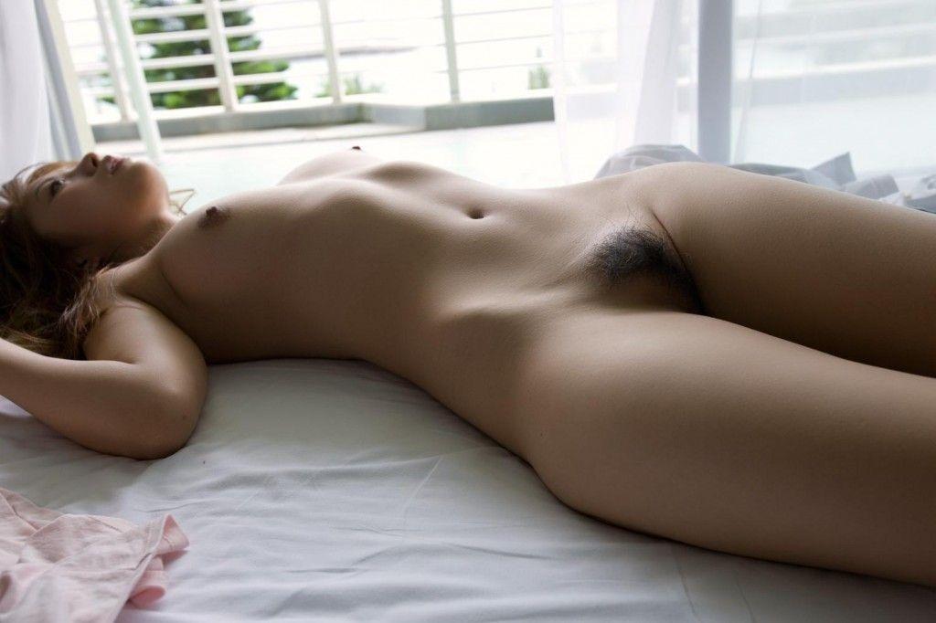 美女全裸画像 23
