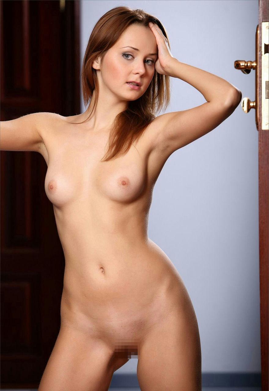 外国人女性のヌード画像 25