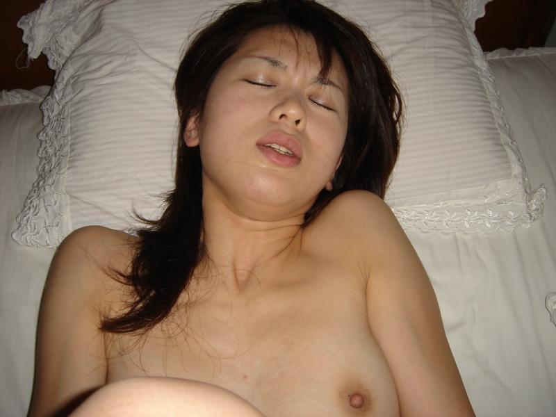 人妻 奥さんの浮気 不倫セックス画像 25