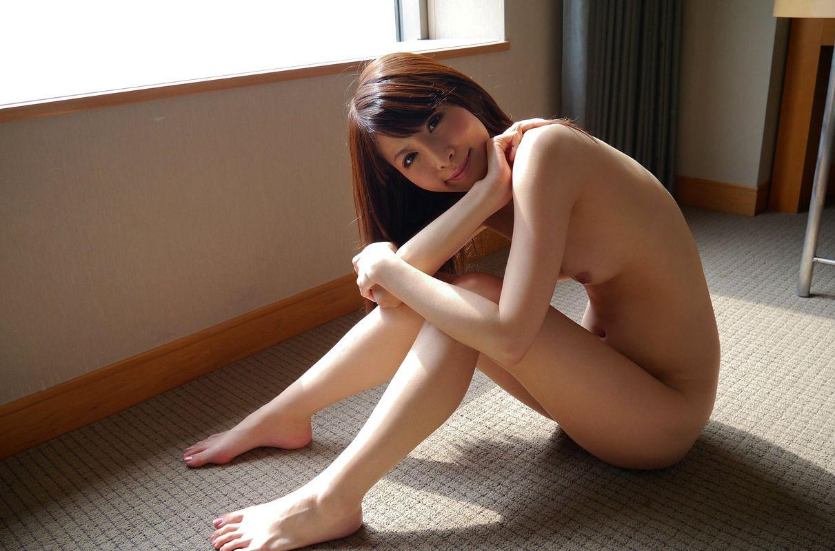 美女全裸画像 30