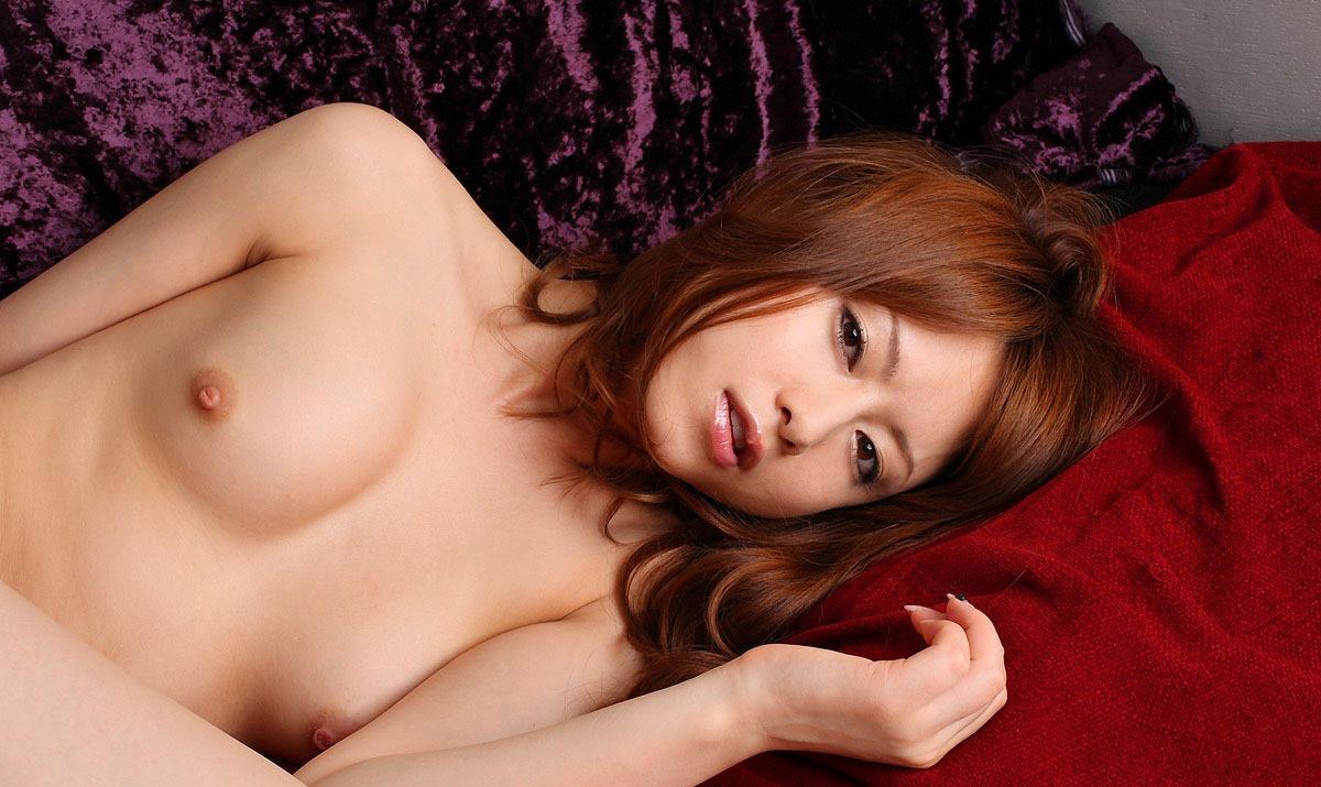 吉沢明步 流出 AV女優 吉沢明歩のこの真っ白な美肌が堪らん!吉沢明歩 ヌード画像100枚