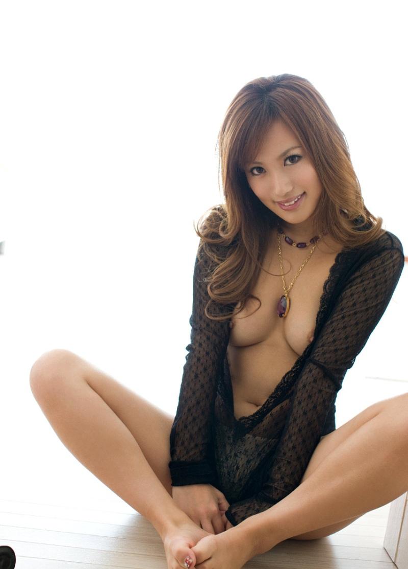 綺麗なお姉さんのエロ画像 34