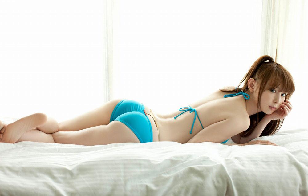 秋山莉奈 オシリーナの水着画像 39