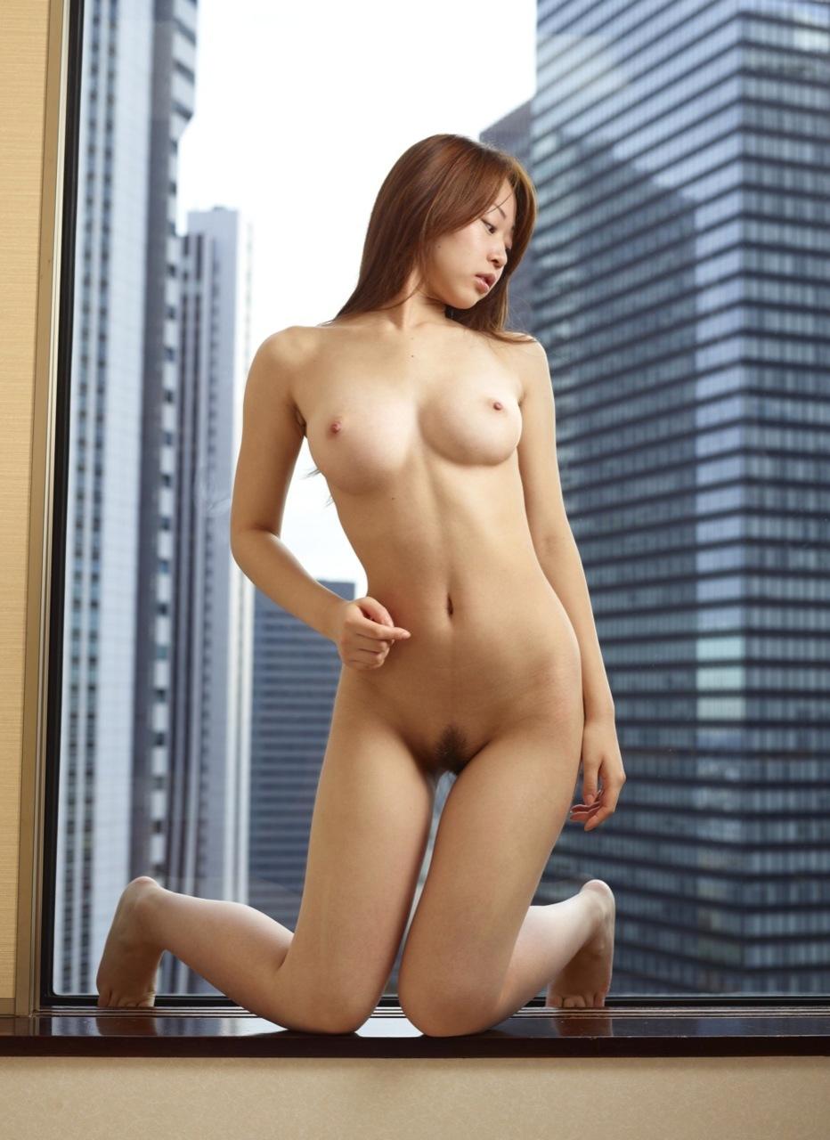美女全裸画像 40