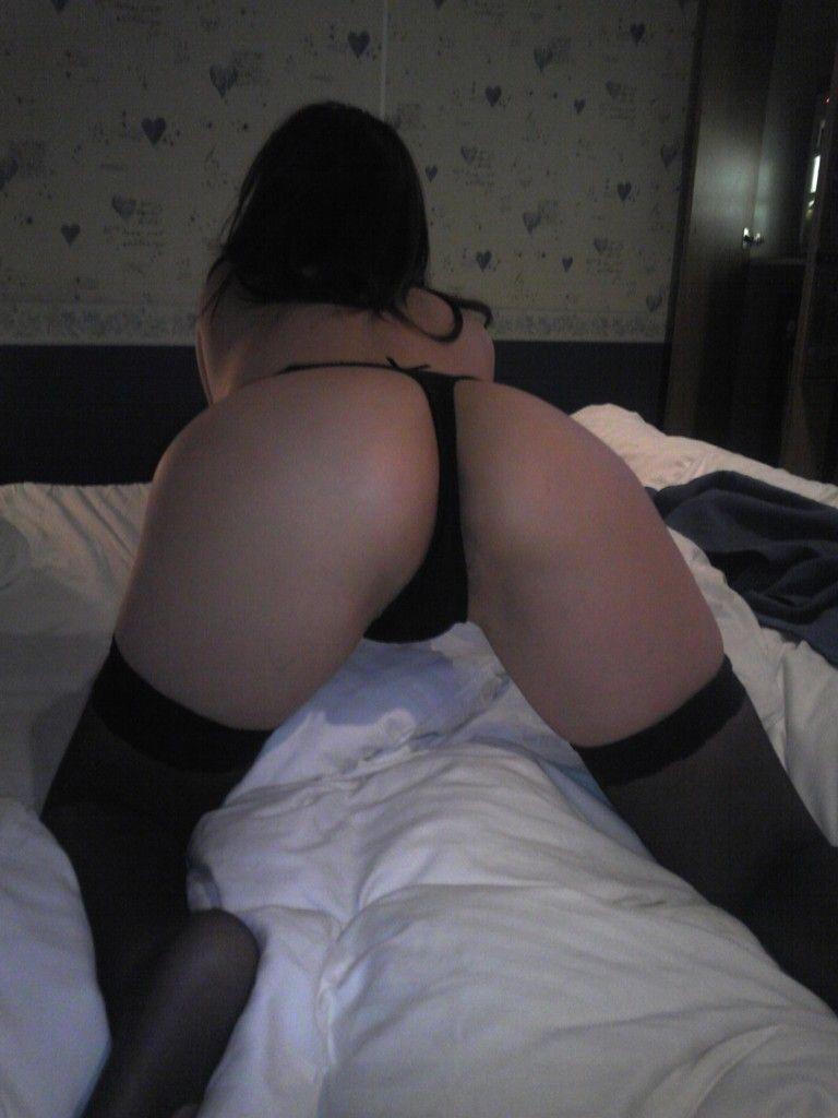 セックス前に撮影した素人エロ画像 47