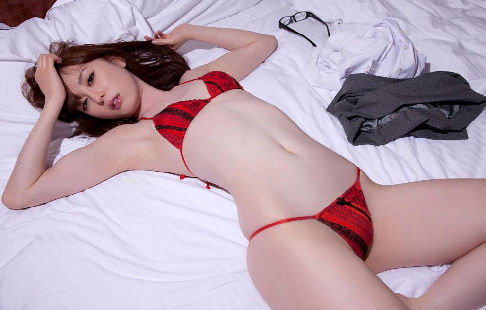 秋山莉奈 オシリーナの水着画像 61