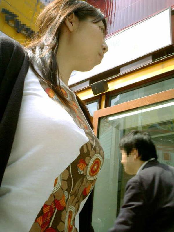 街撮り盗撮 着衣巨乳画像 61