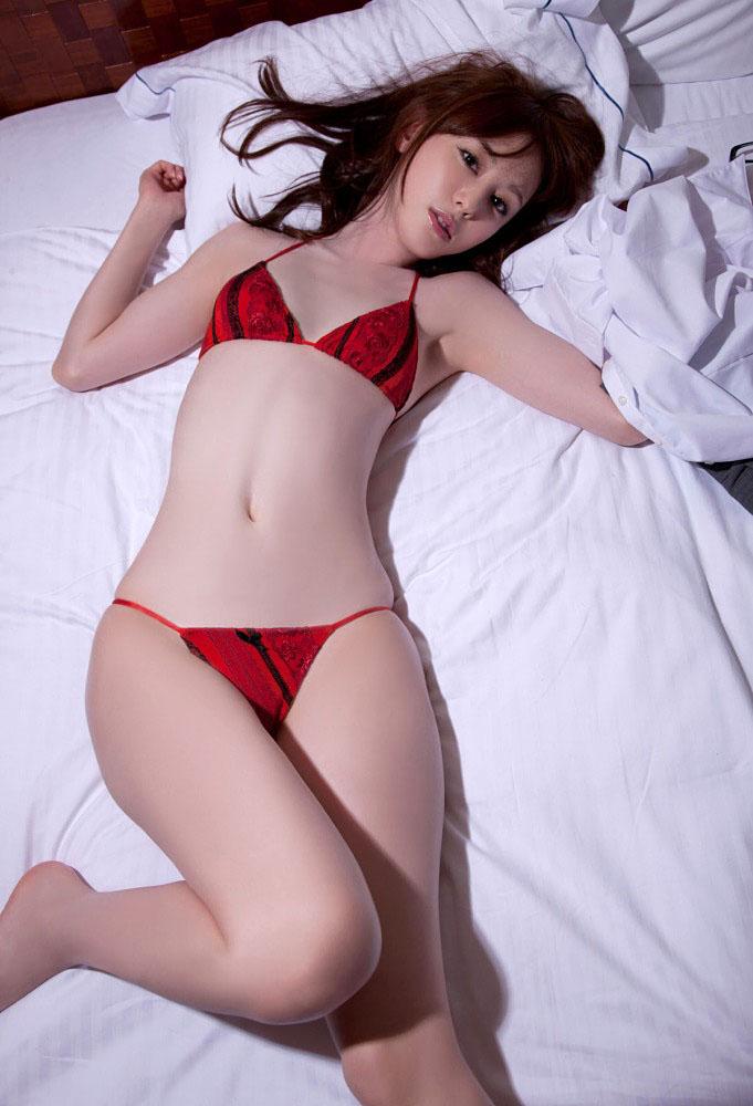 秋山莉奈 オシリーナの水着画像 64