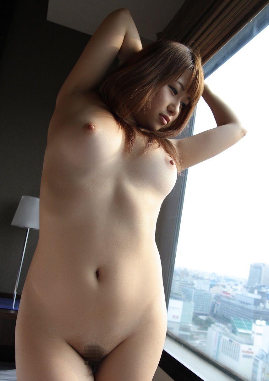 美女全裸画像 68