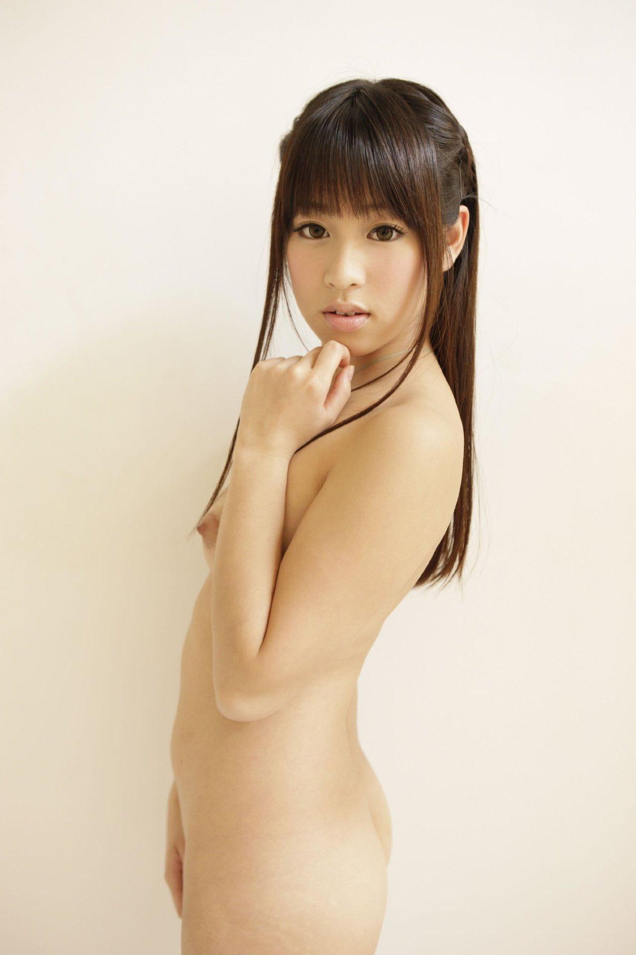 美女全裸画像 81