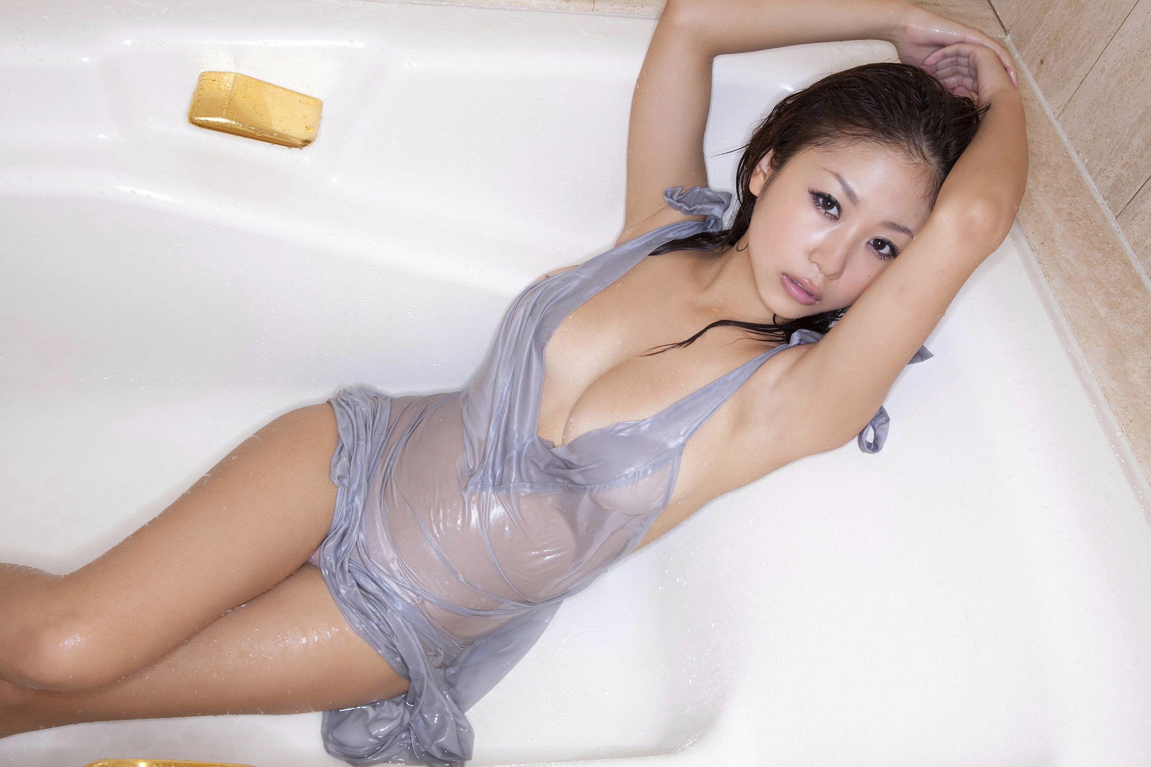 西田麻衣 最新 画像 81