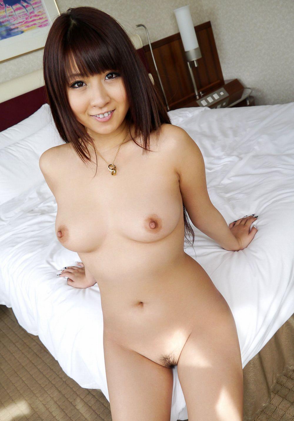 美女全裸画像 82
