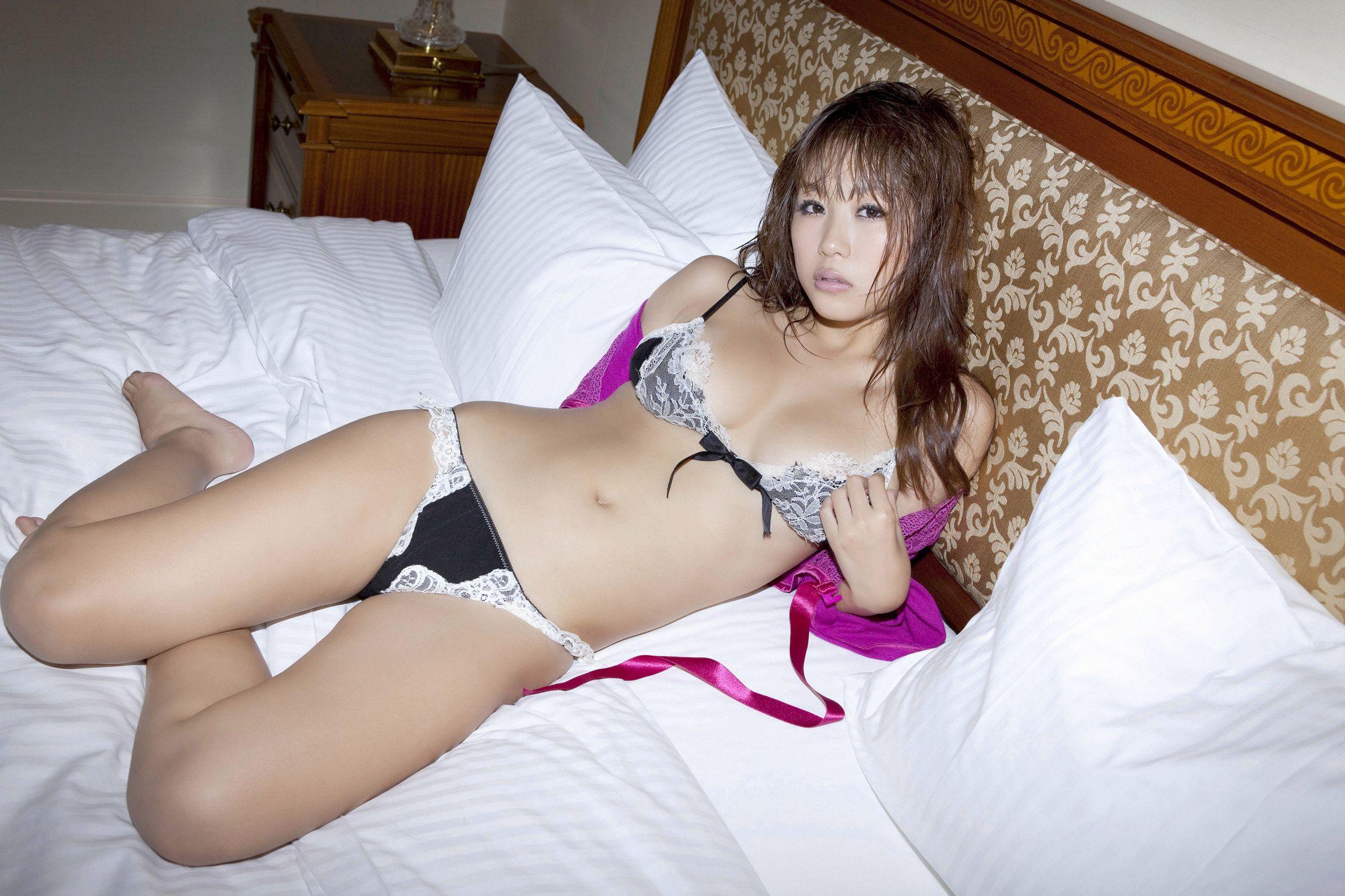 西田麻衣 過激 画像 82