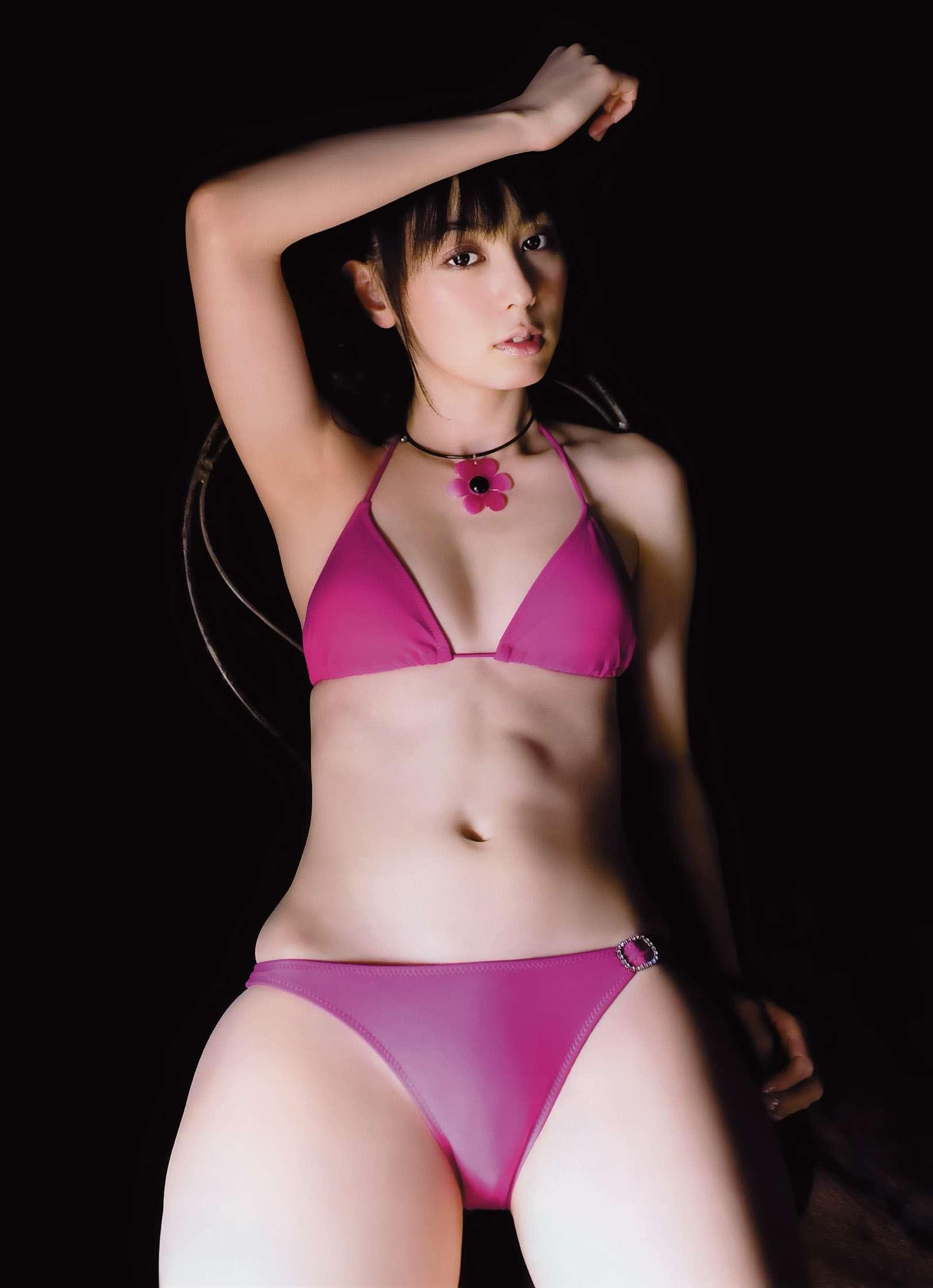 秋山莉奈 オシリーナの水着画像 89