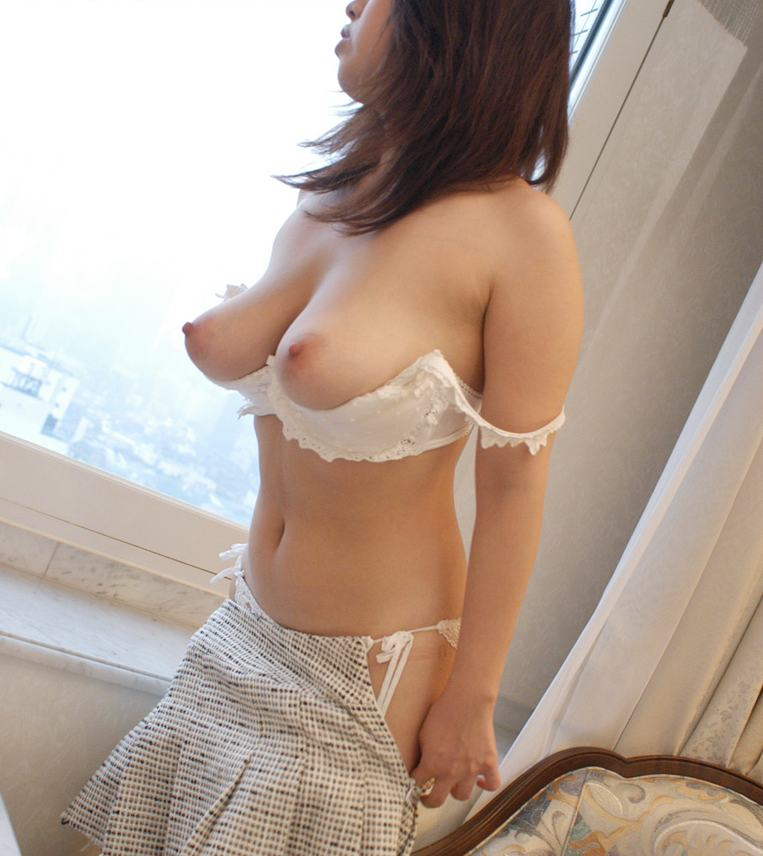 セクシーな下着姿のエロ画像 96