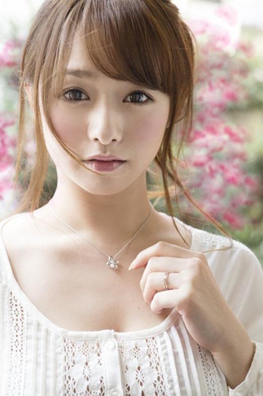 白石茉莉奈 画像