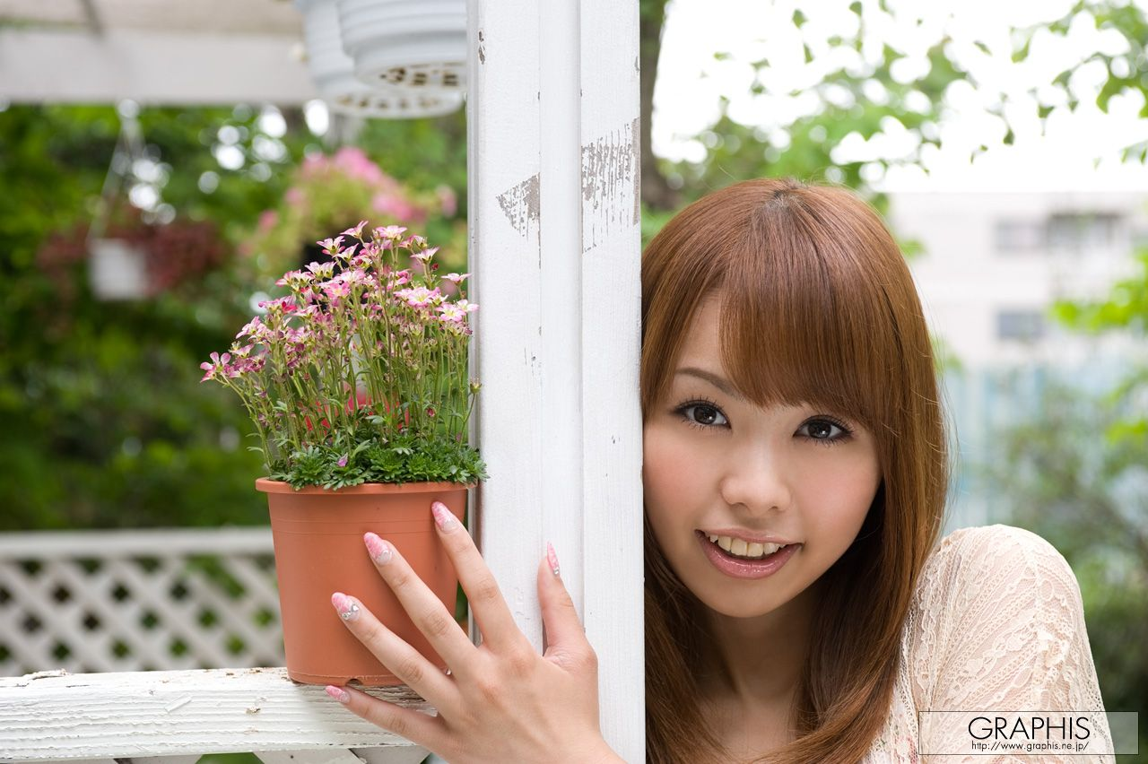 桜花えり 画像 2