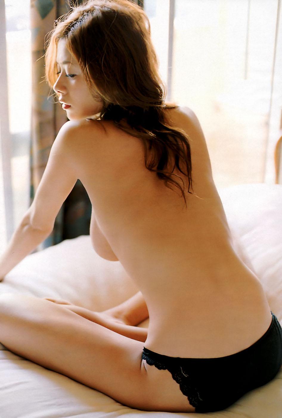 【背中】女性の後ろ姿が色っぽい背中フェチ画像 22