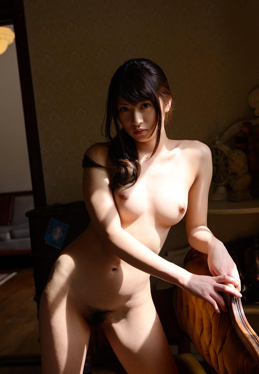 綺麗なお姉さんの全裸ヌード画像 24