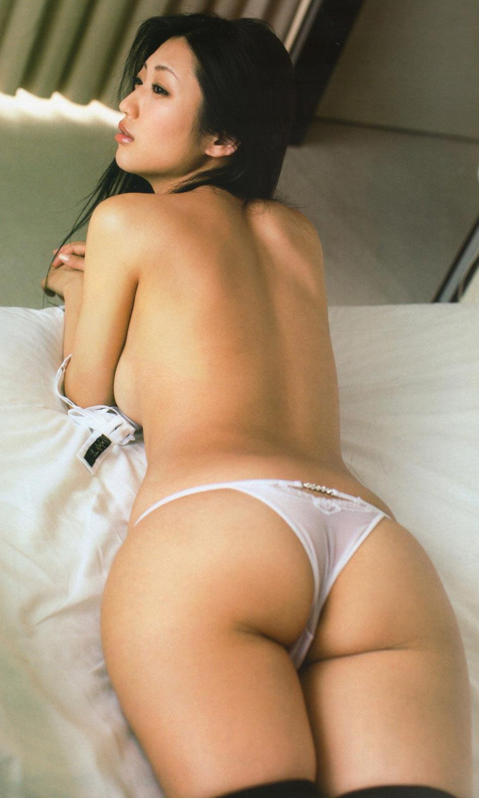 ショートボブの巨乳グラマラス美容師 【個人撮影】まどか22歳
