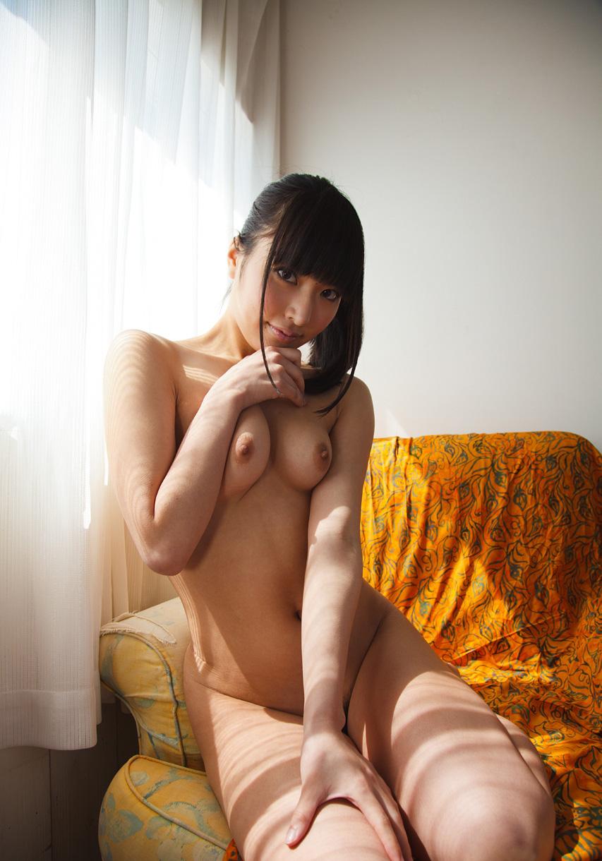 綺麗なお姉さんの全裸ヌード画像 38